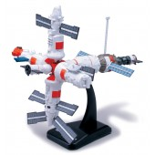 New RaySpace Adventure MIR Space Station